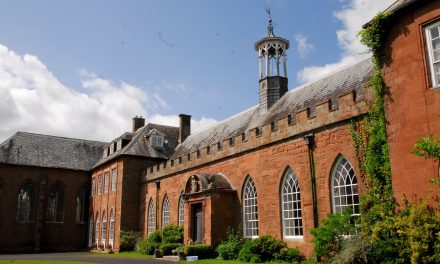Hartlebury Castle: Worcestershire County Museum