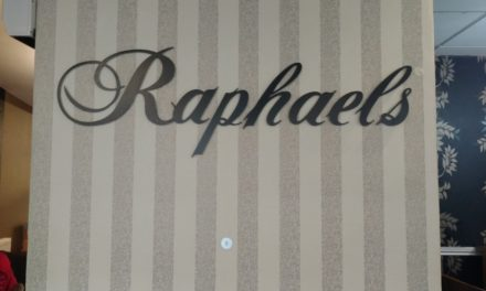 Raphael's – Chic Greek, Sutton Coldfield