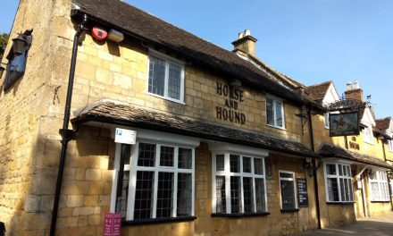 The Horse and Hounds – Great Pub Dining, Broadway